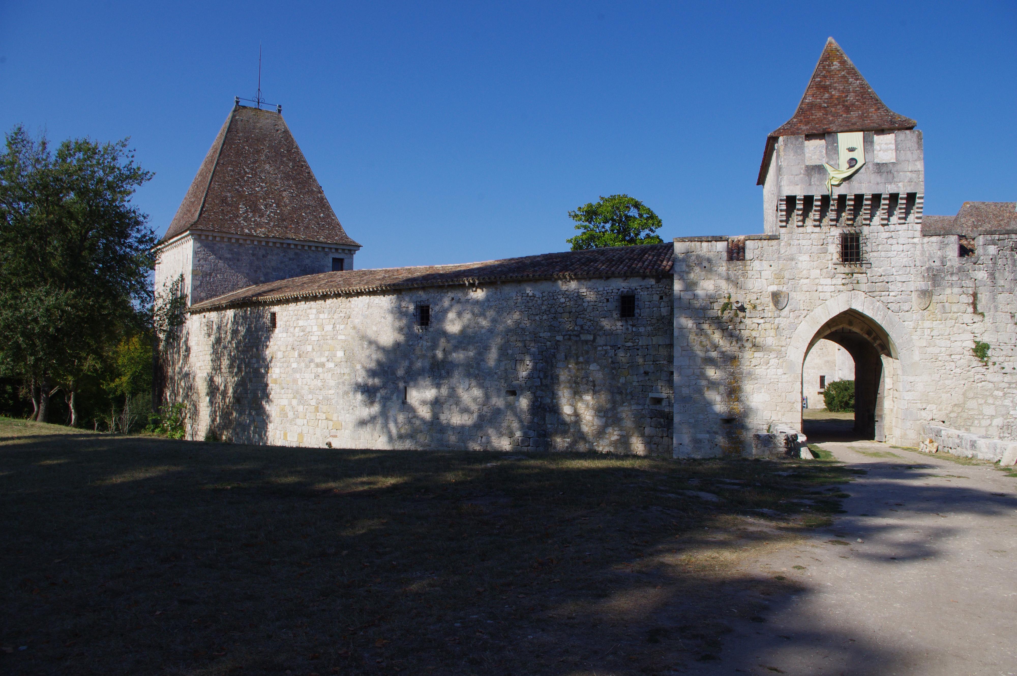 Visiter un des 1000 châteaux du Périgord : Bridoire
