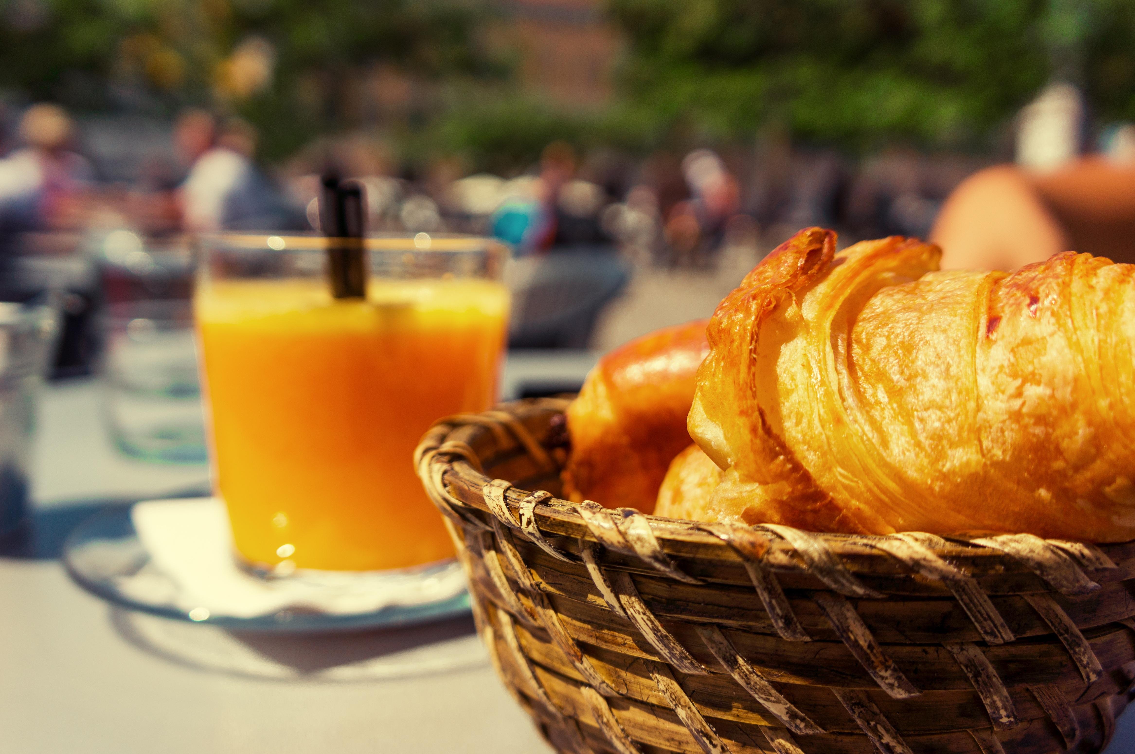 réservez votre petit-déjeuner en gîte / book your breakfast in holiday rental